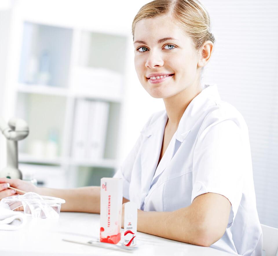 Zahnaufhellung Spezialistin | Der Jungbrunnen Aichach